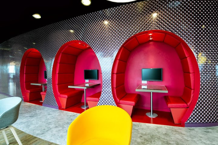 We Love These Office Interior Designs!
