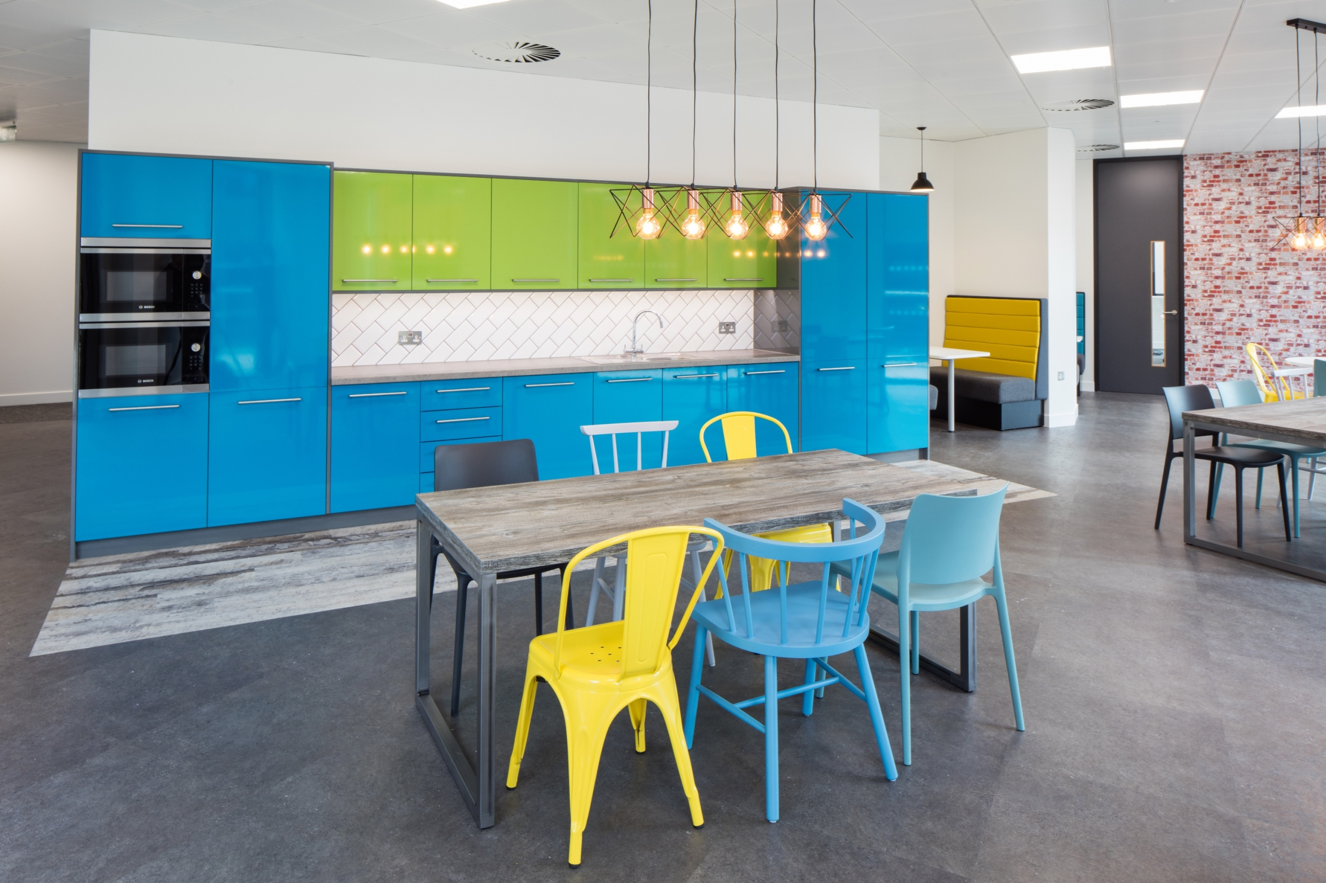 Why Kitchens Are Becoming The Heart Of The Modern Office Space | Office  Principles